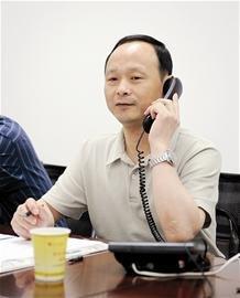 """武汉工商局接维权热线 当天解决""""现过现"""""""