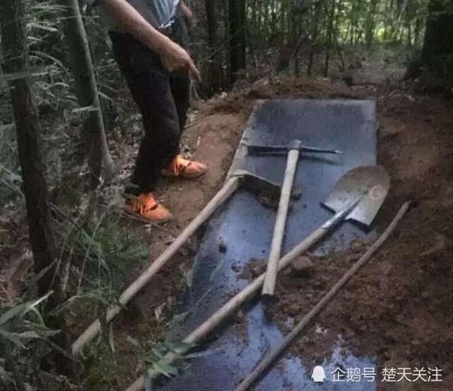 宜昌男子盗挖古墓 还没挖到墓室就先进了监室