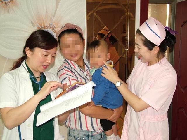 荆门二医新生儿科成功救治一孕27周早产儿