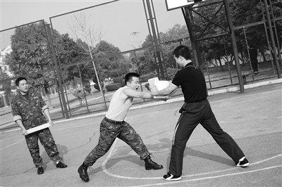 武汉人自费参赛英国硬汉 首报名中国大陆人(图)
