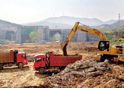 悟峰山野生动物园正在加紧施工 预计10月开张