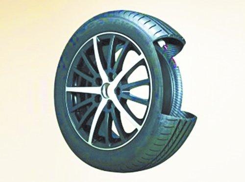 这款特异轮胎内的压力控制器在气压不足时自动打开,使空气流入一个图片
