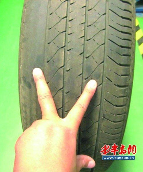 夏天到了,炎热的天气下行车很容易出现各种问题,比如汽车轮胎气压图片