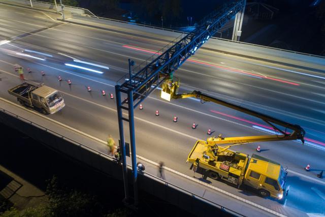 长江二桥与鹦鹉洲长江大桥ETC标识已拆除(图)