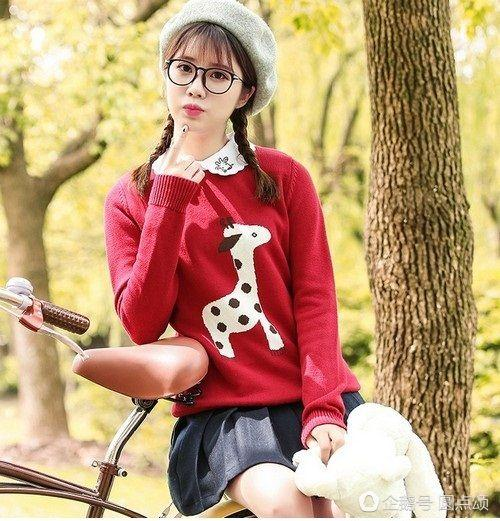 冬季文艺小清新穿搭秘诀 毛衣穿搭让你气质甜美都不少