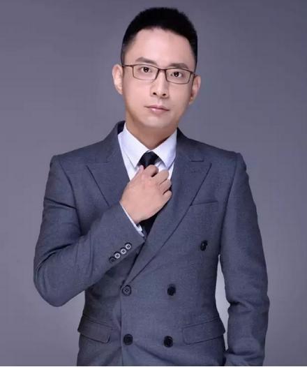 投资人吴刚:探索时代浪潮中的电子信息产业