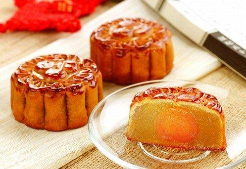 吃月饼-舌尖上的中秋 7款中秋佳节的传统美食