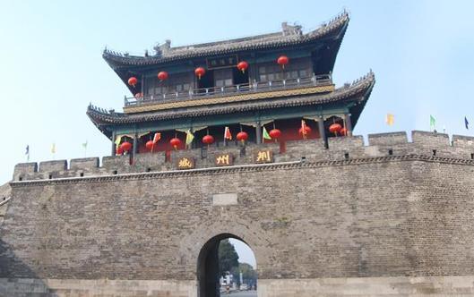 荆州古城东门宾阳楼景区4月29日起实行交通限行
