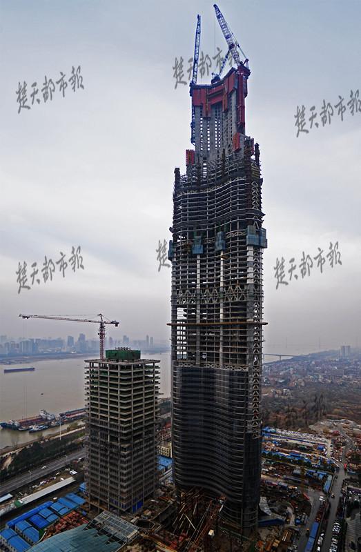 武汉城市天际线高达439米 成华中第一高度