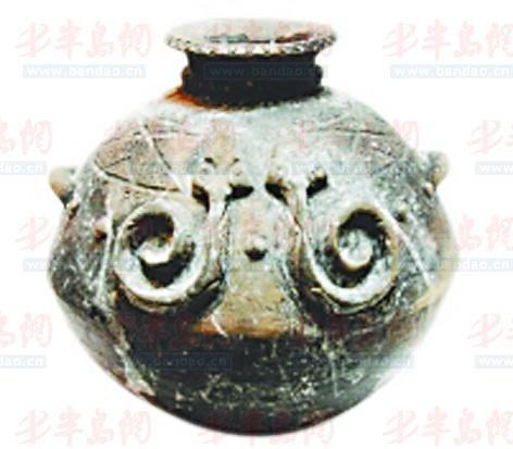 高山族陶罐.