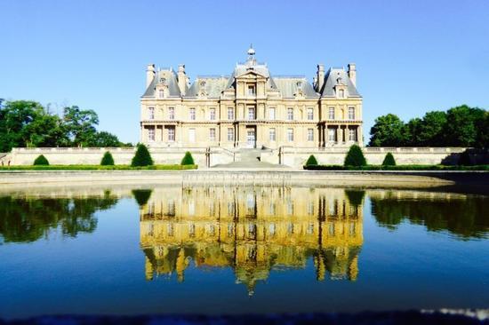 看腻了巴黎景点,给你介绍两个近郊城堡