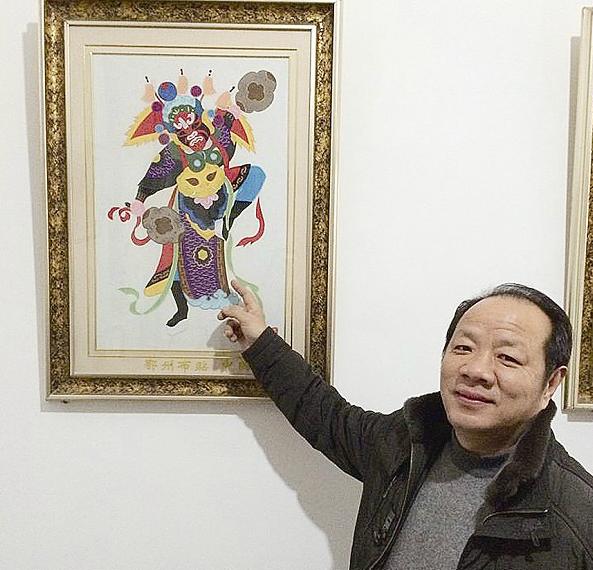 鄂州布贴画高手斩获22个国家专利图片