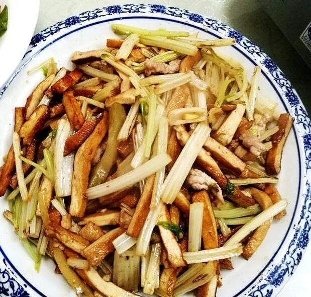 在武汉,周末我们要去哪里吃美食?