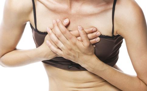 女性乳房為什麽會疼 8招緩解乳房疼痛