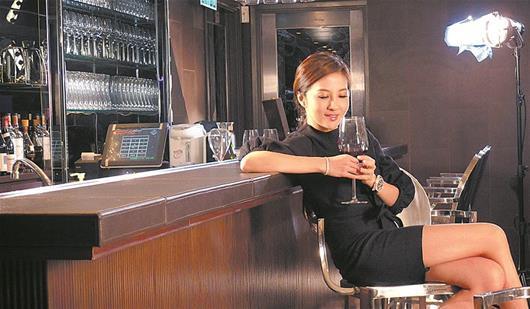 美女老板白手起家 创造中国时尚界奢华品牌