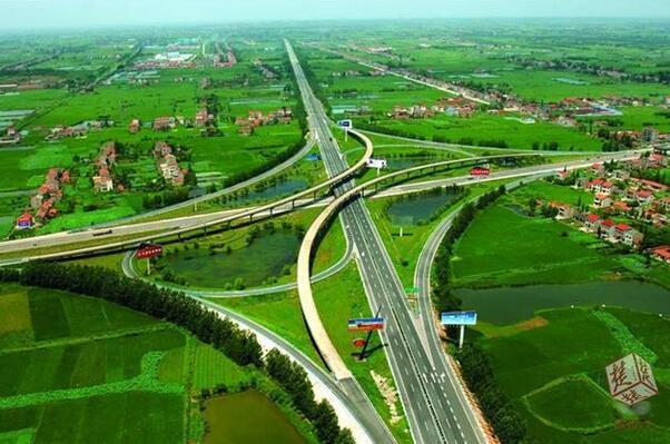 湖北省高速客车通行费9.5折 优惠延长至2020年