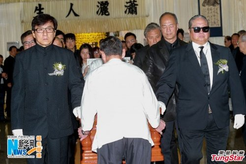 演员午马(原名冯宏源)2月初病逝,享年71岁,今日于世界殡仪馆举殡.