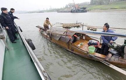 """下月起长江汉江武汉段禁渔 4个月""""市场无江鱼"""""""