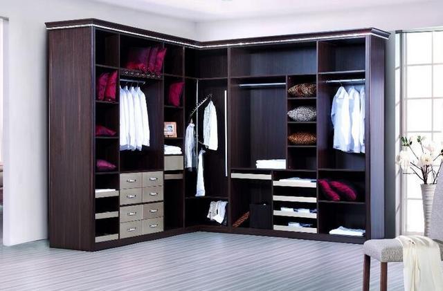 开放式整体衣柜需注意哪些 如何清洗?