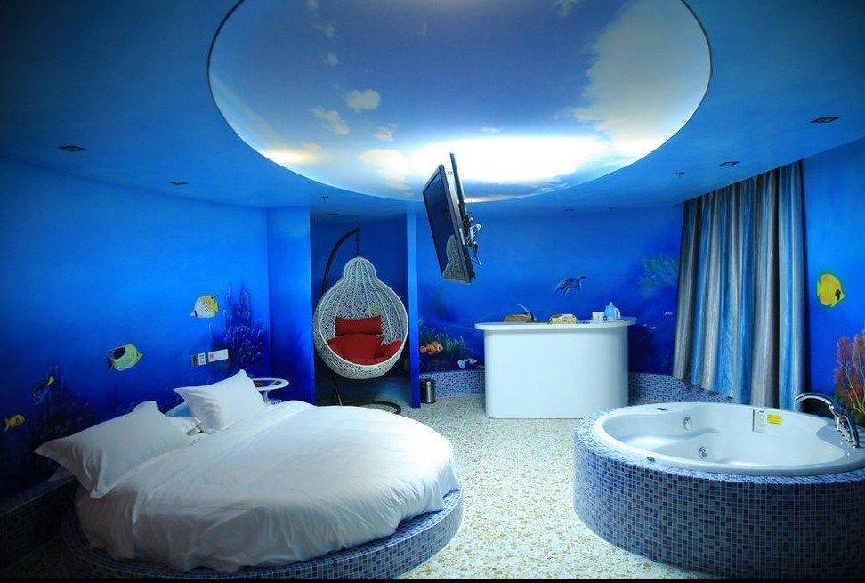 蕾丝配套有情趣,v蕾丝床,红床,a蕾丝椅,s情侣等房间性感,深受广大情趣的丝袜水床设施沙发图片