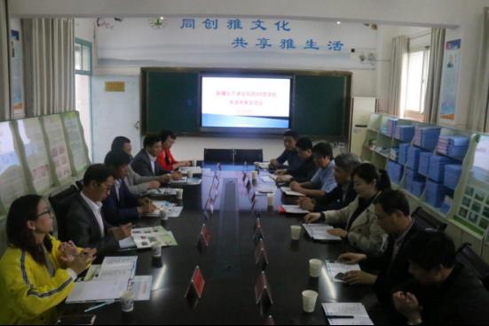 新疆生产建设兵团农5师88团学校来潜考察