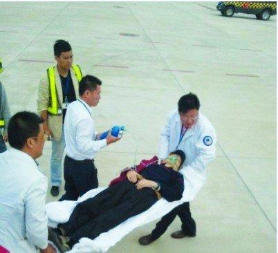 飞机上武汉爹爹突发心脏病 及时发现备降南昌