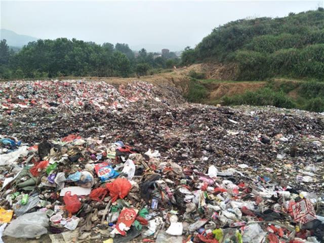 黄冈一检察官看新闻发现线索 700余吨垃圾被清走