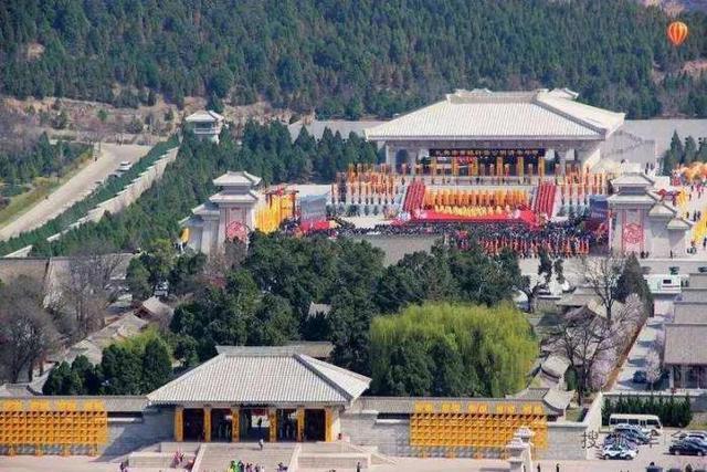 """旅游景区,国家级风景名胜区,号称""""天下第一陵,位于陕西省延安市黄陵县"""