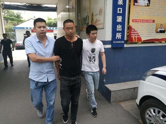 湖北2壁纸男子内盗成人用品店十余次试用被刑拘内裤半年情趣图片