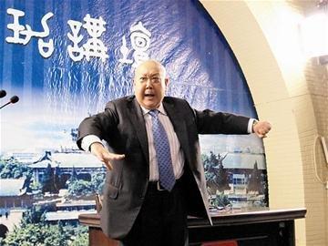 """尚长荣与武大学子""""飙戏"""" 感言""""京剧属于青年"""""""