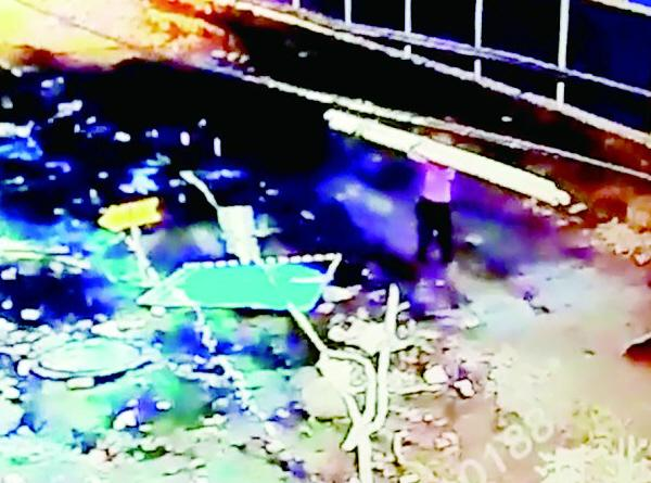 3名拾荒妇女嫌来钱慢 组团盗窃武汉地铁工地