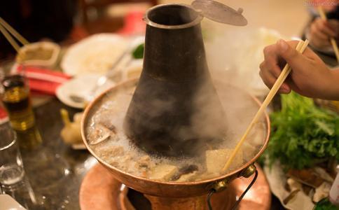 吃火锅的误区有哪些 哪种吃火锅误区有害 吃火锅配冰啤酒好吗
