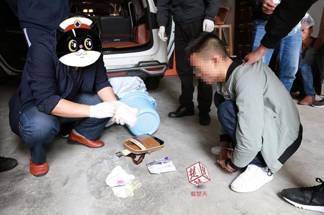 利川警方捣毁一大型贩毒团伙 斩断4条运毒通道