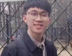 武汉大学生遭雷击后昏迷 白细胞死亡需全身换血