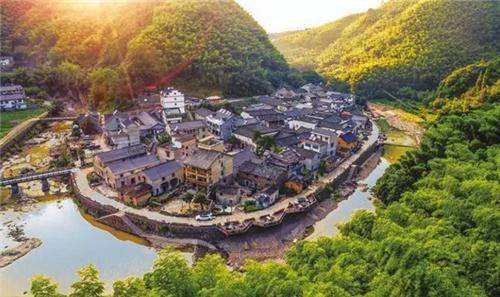 《向往的生活2》里不起眼的小县城 呆一年都不腻