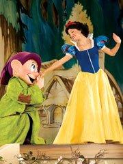 《迪士尼舞台剧:三大经典童话》图集