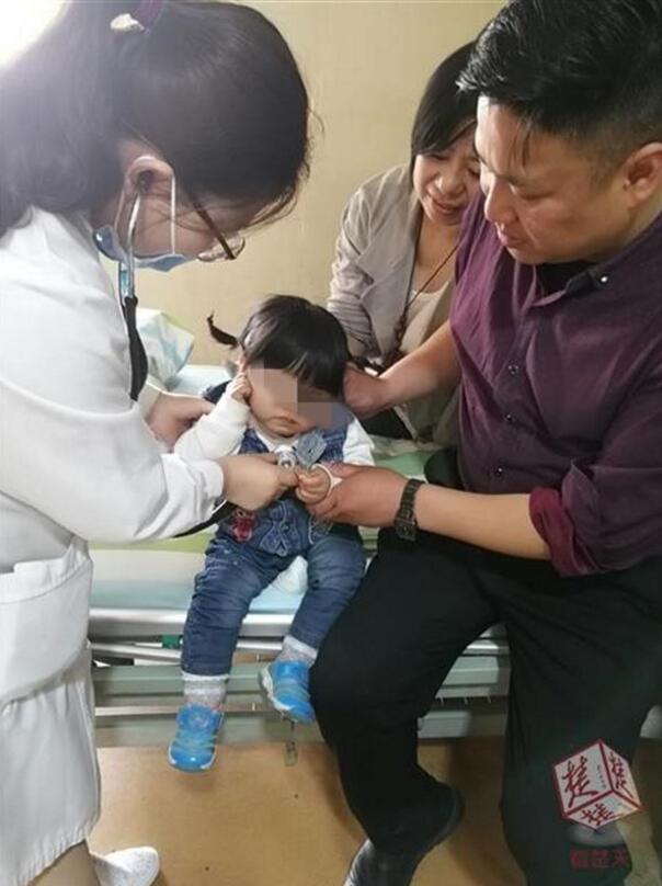 孝感1岁女婴摔破体温计 母女二人双双汞中毒