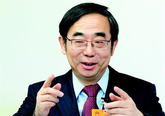 2013国内宏观经济形势_中投副总经理:中国13亿消费者是世界经济最重要稳定因素