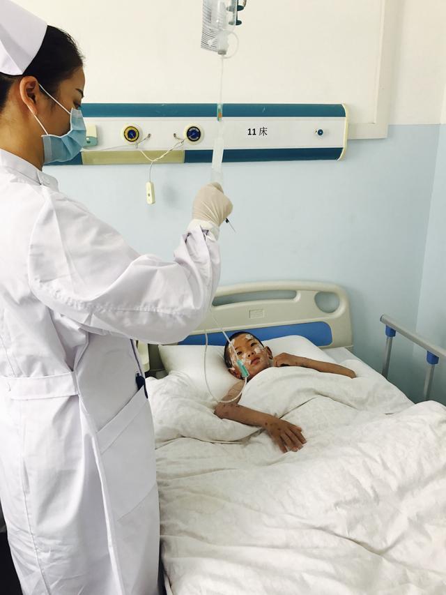 """武汉护士援藏为当地打造""""带不走的护理团队"""" 网游之无"""