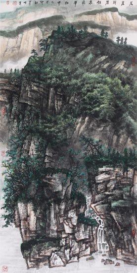 层崖削苍铁,泉飞翠林中