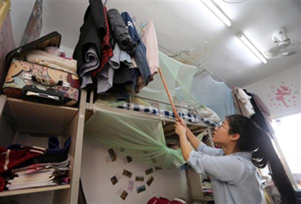 女大学生资助贫困生系其父爆料:怕负担不起,望接力