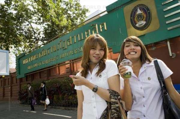 揭秘泰国人妖大学生的生活_教育频道_教育焦
