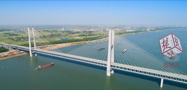 """荆州谋划""""大交通"""" 建12座长江大桥5座飞机场"""