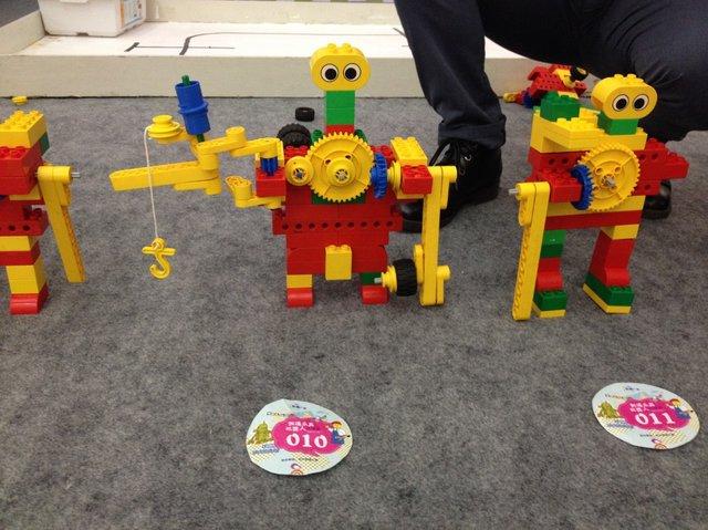 机器人驾到!凯德广场乐高机器人互动完美落幕