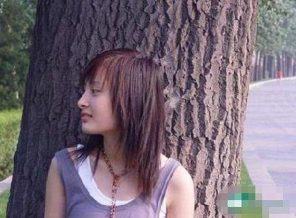 杨幂当杂志模特前的照片-杨幂整容前后对比照曝光 网友 分明是两个人