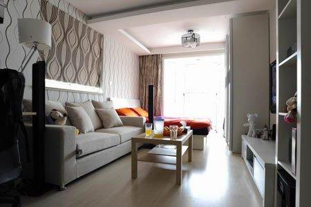 设计师说:房间面积小,整体色调以浅色系为主,视觉上起到一定放大效果.图片
