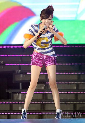 女生羡慕就输了!韩星图片瘦身操大公开银发独门只是图片