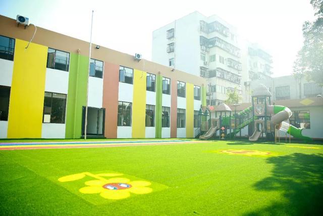 襄阳孔明灯幼儿园:选择正确的幼儿园很重要