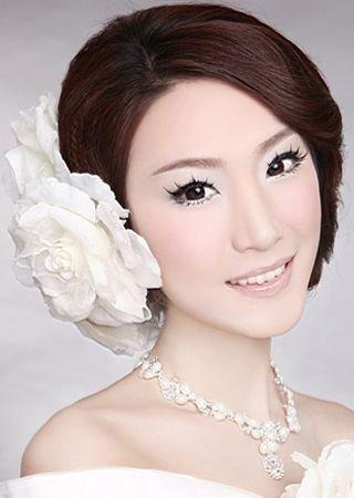 新娘彩妆造型如何不 花妆图片