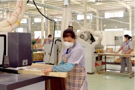 乐家家居:中国家居行业十大原创品牌